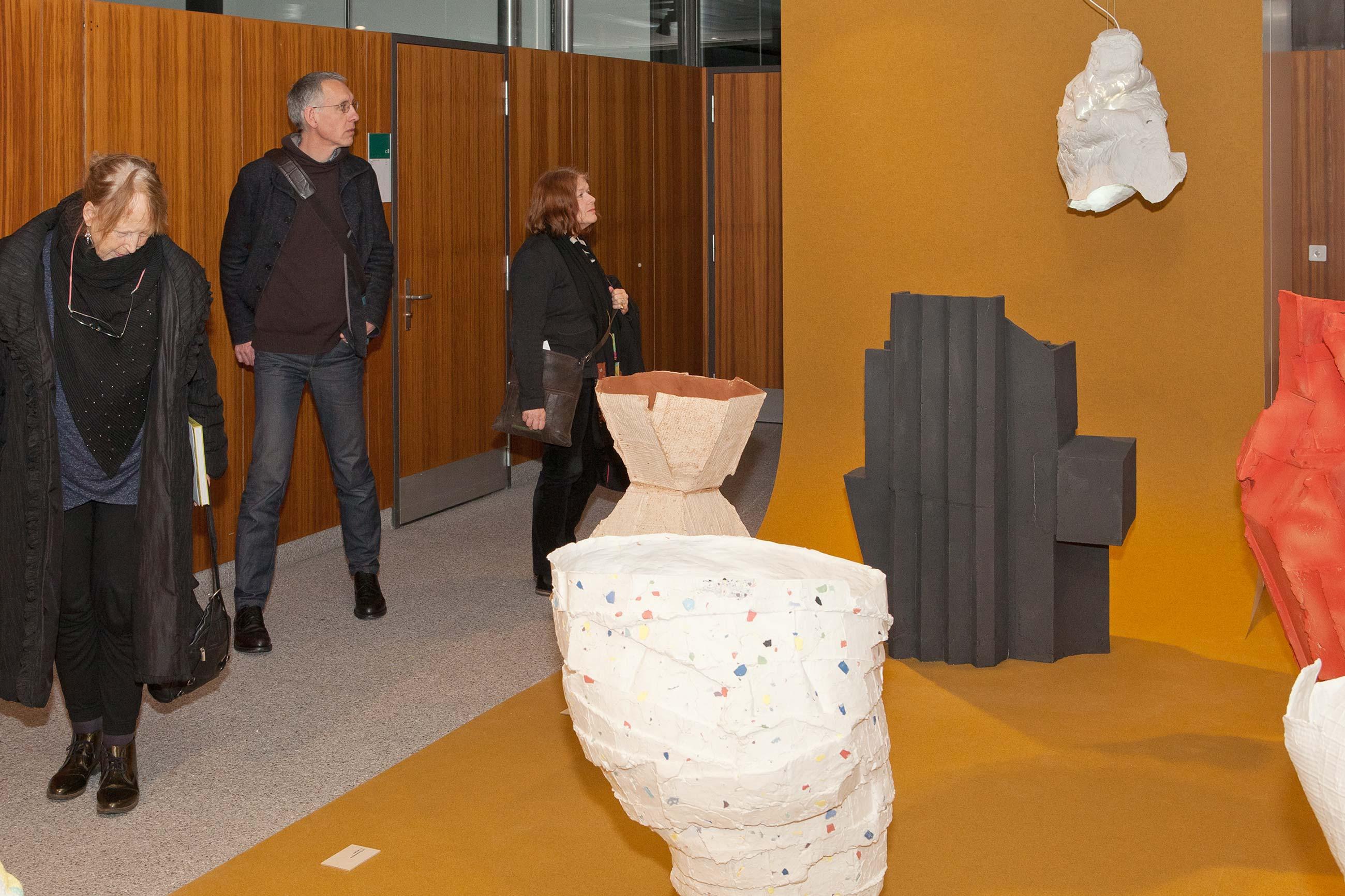 Schule für Gestaltung Bern und Biel Out of Mud, vernissage 02  ©Atelier Pol × Fabio Blaser